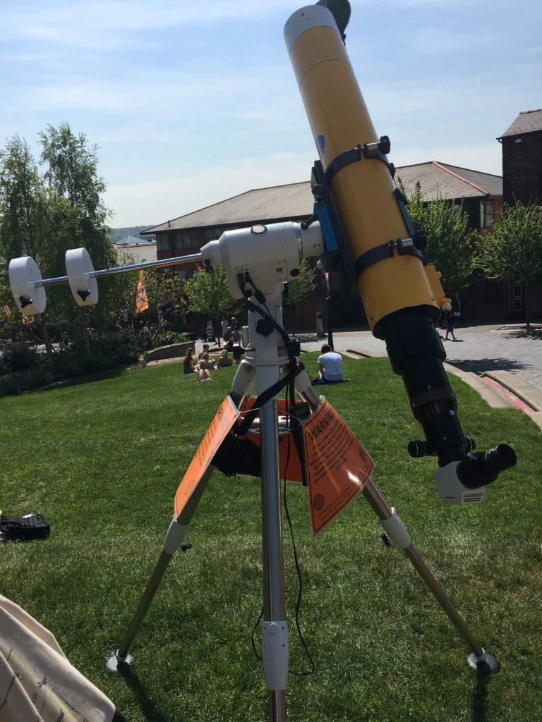Solar alignment of the Howitzer telescope